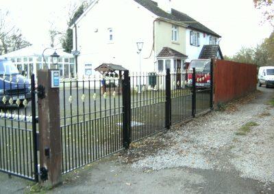 Alternative Victoria railing and gates