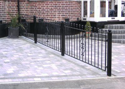 B3 style railing