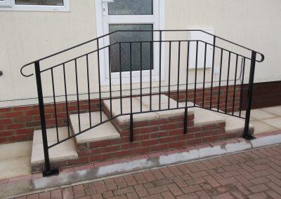 B4 Handrail (2)