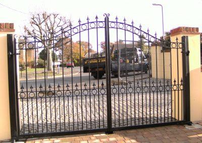 Ashworth estate gates