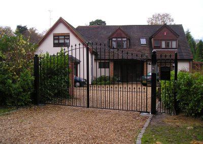 Automated Elmwood estate gates
