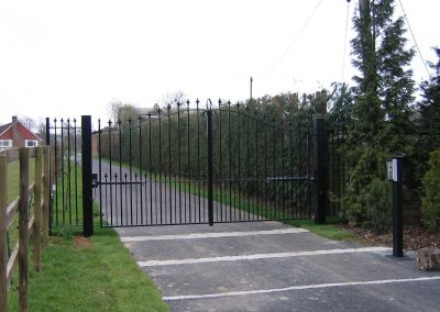 Bell Top Elmwood Gate