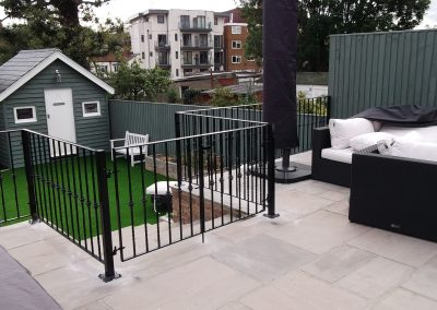 Bespoke railing with gates, incorporating knuckles 02