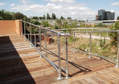 Galvanised steel tube railing 2