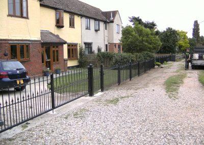 Victoria railing with Ashworth finials