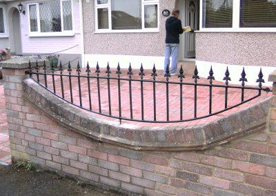 Shaped bottom Victoria railing