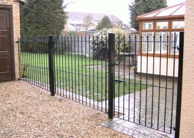 Straight bar railing
