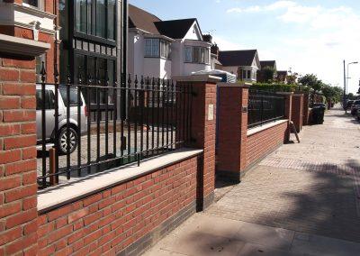Straight bar railing - on wall