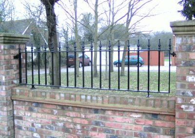 Victoria railing heavy infill