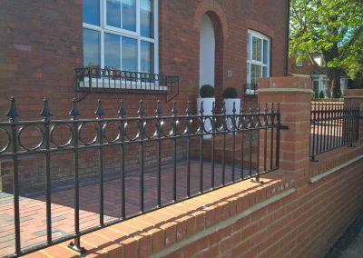Windsor wall railing