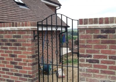 ALternative bow top gate with baskets