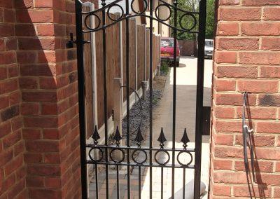 Ashworth single gate