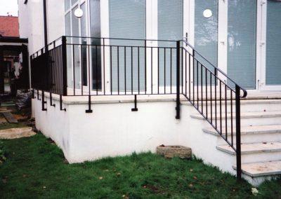 B4 Balcony and Balustrade
