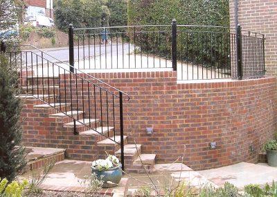 B4 Balcony with Handrail