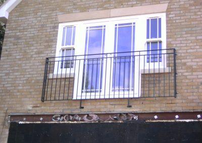 B4 Juliette balcony