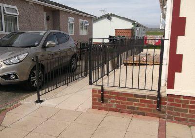 B4 balustrade & ramp2