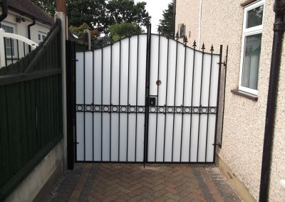 Windsor bell top entrance gates