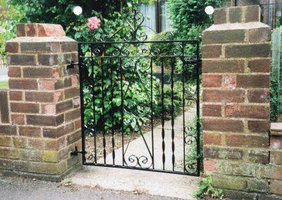 Bespoke Gate 3