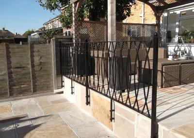 Bespoke shaped balustrade 2