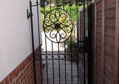 Bespoke side gate 2