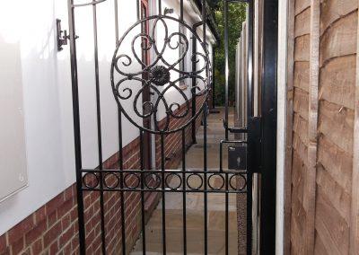 Bespoke side gate 3