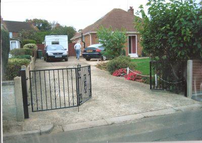 Bi Fold Ross Driveway Gates
