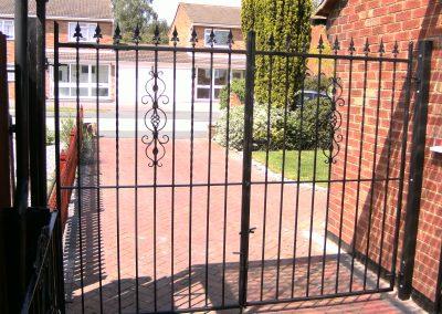 Kingston flat top entrance gates