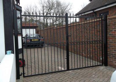 Windsor flat top entrance gates