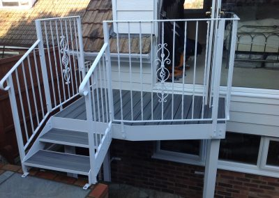 Kingston balcony and platform 02
