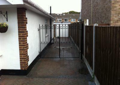 Nottingham entrance gates 1