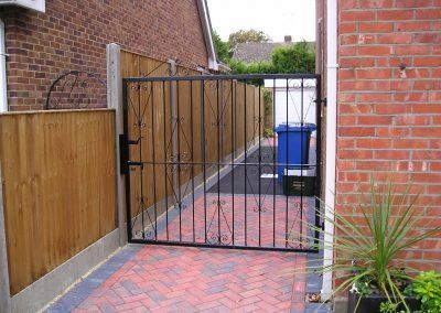 Single Ross gate heavy frame